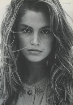 Cindy Crawford  supermodel | beauty icon | style icon | fashion | nineties | 90s | celebrity style
