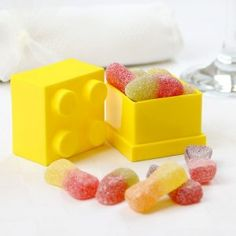 LEGO wedding favour box - LOVE this