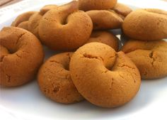 """Our very best recipe for cinnamon cookies; very easy to make and easier to """"disappear""""! Amazingly crunchy and scented with the aromas of red wine, cinnamon and grounded clove. These are of those cookies you can't just have only one! Greek Sweets, Greek Desserts, Greek Recipes, Whole Food Recipes, Cookie Recipes, Dessert Recipes, Easter Recipes, Italian Recipes, Vegan Recipes"""