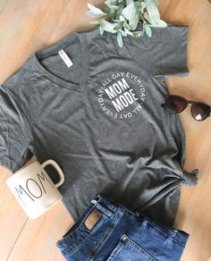 Momma Shirts, Mom Of Boys Shirt, Mothers Day Shirts, Boys Shirts, Cute Shirts, Mom And Me Shirts, Simple Shirts, Graphic T Shirts, Mode Xl