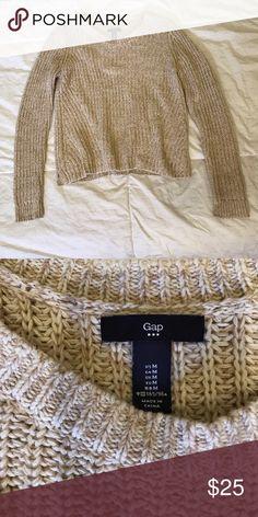 ‼️CLOSET CLEANOUT ‼️ GAP Sweater GAP sweater, worn maybe twice. Like new! GAP Sweaters Crew & Scoop Necks