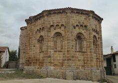 Vallejo de Mena, provincia de Burgos - Vista del ábside de la iglesia de San Lorenzo, influencia lombarda