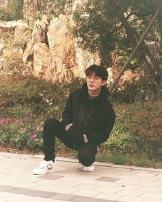 Find images and videos about kpop, idol and Ikon on We Heart It - the app to get lost in what you love. Kim Hanbin Ikon, Chanwoo Ikon, Ikon Kpop, K Pop, Bobby, Ikon Leader, Ikon Wallpaper, Ikon Debut, Hip Hop