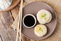 These rice cakes are cooked with leftover Japanese steamed rice. It& simple but makes a great snack or a delicious side dish. Rice Cake Snacks, Rice Cake Recipes, Rice Cakes, Lunch Snacks, Vegan Snacks, Japanese Rice Dishes, Japanese Snacks, Japanese Recipes, Chinese Recipes