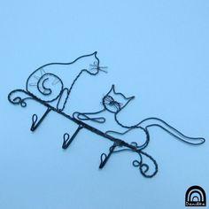 Zase jedna kočičičí zvíře kuchyně kočka kocour věšák věšáček klíče háček odpočinek chodba savec