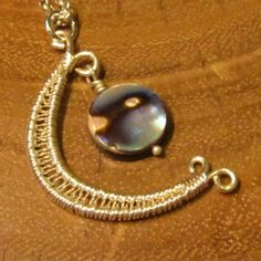 """""""Lunar Delight"""" class taught at Lotus Beads and Jewelry"""
