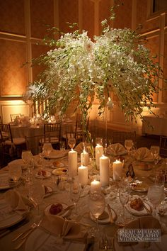 I am obsessed with this whole table arrangement