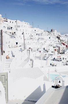 Santorini travel diary - More on http://www.ohhcouture.com/2016/05/monday-update-17/ <3