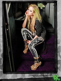 #AvrilLavigne with #AbbeyDawn Leo-Boots <3 available at #MetroBoutique www.metroboutique.ch