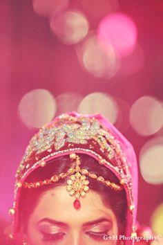 indian-wedding-ceremony-reception-bride-hot-pink-lighting