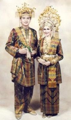 Wedding dress from Melayu – Siak – Riau - Indonesia