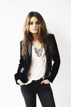 Mila kunis is so perfect an is engaged to someone even more perfect xxx wish i was her so bad xxx