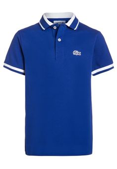 Lacoste Polo - france/white - Zalando.es Casual Summer Outfits, Cute Outfits, Cut Up Shirts, Lacoste Polo Shirts, Mens Fashion, Fashion Outfits, Diy Shirt, Shirt Designs, My Style