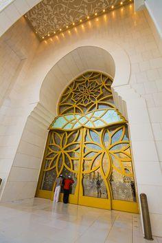 door in Dubai - UAE  by Paki Nuttah on Flirck
