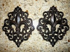 Set of 2 Iron Fleur de Lis Wall Plaques FREE USA SHIPPING