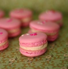 Rosewater Macarons with White Chocolate Swiss Meringue Buttercream French Cookies, Sweet Cookies, Sweet Treats, Cookie Desserts, Sweet Desserts, Delicious Desserts, Macaron Cookies, Macaron Recipe, Rosewater Recipe