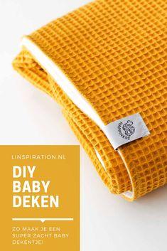 Make your own baby blanket DIY Sewing Baby Set – Linspiration - Knitting New Baby Set, Handgemachtes Baby, Diy Hanging Shelves, Diy Wall Shelves, Floating Shelves Diy, Pot Mason Diy, Mason Jar Crafts, Bottle Crafts, Diy Projects To Try