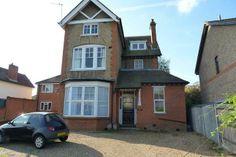 Flat for sale in Hersham Road, Walton On Thames KT12 - 32108821