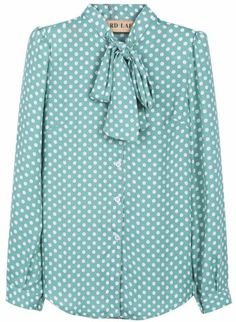 To find out about the Green Lapel Long Sleeve Polka Dot Chiffon Blouse at SHEIN, part of our latest Blouses ready to shop online today! Camisa Social Jeans, Modele Hijab, London Outfit, Loose Shirts, Party Wear Dresses, Blouse Online, Long Blouse, Ladies Party, Kurtis Online India