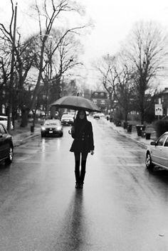 gaws:  Rainy days with Chloe.