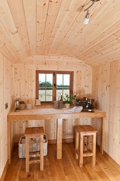 Blackdown Shepherd Huts Blackdown Shepherd Huts, Shepherds Hut, Tiny Houses, Outdoor Ideas, Campers, Caravan, Cottages, Life Is Good, Interiors