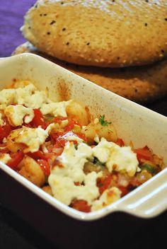 Überbackene Garnelen mit Metaxa, Tomaten & Schafskäse