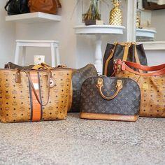 We love Vintage  die Boutique ist heute von 11-19 Uhr geöffnet  viele Taschen findet ihr auch online: http://ift.tt/1jAD9qD #glueckundglanz #mcm #louisvuitton