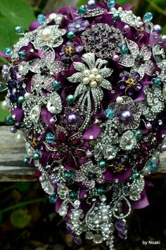New ideas jewerly bridal bouquet bling Teal Wedding Bouquet, Wedding Brooch Bouquets, Purple Wedding, Wedding Flowers, Dream Wedding, Wedding Day, Peacock Wedding, Purple Brooch Bouquet, Wedding Blog