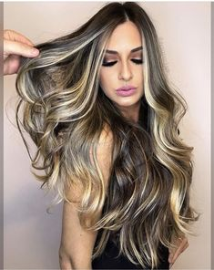 25 Money Pieces Worth Their Weight in Gold - Hair Color - Modern Salon Cabelo Ombre Hair, Balayage Hair, Beautiful Long Hair, Gorgeous Hair, Wella Blondor, Hair Contouring, Gold Hair Colors, Dark Hair With Highlights, Pretty Hairstyles