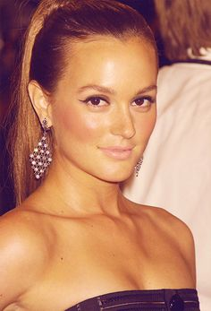 leighton meester's makeup in this one