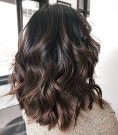 Shiny Chocolate Balayage Hair highlights 60 Chocolate Brown Hair Color Ideas for Brunettes Ombre Hair Color, Hair Color Balayage, Balayage Ombre, Hair Color Brown, Balayage Highlights, Color Highlights, Hair Color Ideas For Dark Hair, Light Brown Hair Colors, Brown Hair Inspo