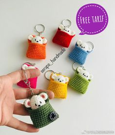Cute kawaii amigurumi mini mouse bag charms , mini gifts to make 微博 - Knitting Crochet ideas Crochet Amigurumi, Amigurumi Patterns, Crochet Dolls, Crochet Gifts, Cute Crochet, Crochet Baby, Baby Knitting Patterns, Crochet Patterns, Crochet Ideas