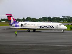 Hawaiian Airlines Boeing 717 N489HA - Hilo International Airport.