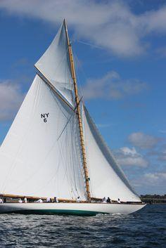 The Daily Prep: Newport's Classic Yacht Regatta, 2014