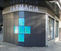 Martina Torres P. de mallorca (Baleares)  Últimos proyectos realizados. Líder en diseño y #reforma de farmacias. #Apotheka