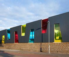 School yard Pavillion in Rodange Luxembourg by Holweck Bingen Architects - colorful windows - influence on child's mood? Kindergarten Architecture, Kindergarten Design, Education Architecture, School Architecture, Colour Architecture, Facade Architecture, School Building Design, School Design, School Murals