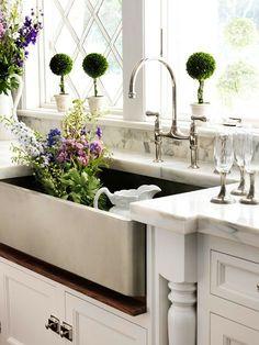 30 Fabulous Farmhouse Sinks