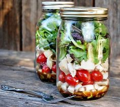 Pre-made Salads in mason jars (now to buy some mason jars)