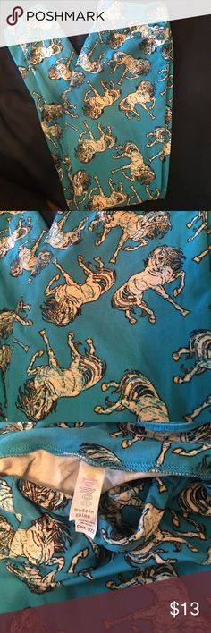 LuLaRoe Horse leggings OS LuLaRoe like new Horse leggings OS LuLaRoe Pants Leggings