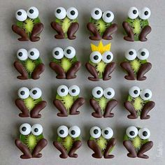 Have you tried kiwi berries? I love them for their sweet taste and peelfree kiwi cuteness. They are packed with… Cute Snacks, Yummy Healthy Snacks, Cute Food, Edible Crafts, Food Crafts, Kiwi Berries, Toffee Bark, Cuisines Diy, Food Art For Kids
