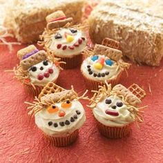 Scarecrow cupcakes!