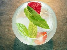 mint-and-strawberry-gin-and-tonic