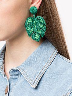 Leaf Earrings, Diy Earrings, Earrings Handmade, Bead Embroidery Jewelry, Beaded Embroidery, Bead Jewellery, Beaded Jewelry, Jewelry Closet, Cute Ear Piercings