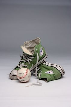 Untitled by Enrico Barolo Converse All Star, Converse Chuck Taylor, Girls Sneakers, Air Max Sneakers, Converse Photography, Converse Classic, Baskets, Baseball, Converse Shoes