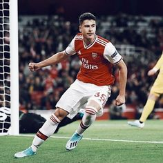 Football Stickers, Football Cards, Football Soccer, Football Players, Arsenal Wallpapers, Sports Wallpapers, Arsenal Players, Arsenal Fc, Avicii Songs