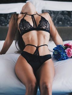 a8b98f11453 Comeonlover Solid Women Lingerie Bodysuit Sheer Floral Lace Sexy Latex Sex Underwear  RT80285 Plus Size Lingerie Teddy Hot
