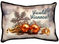 Vankúš s nápisom Veselé Vianoce