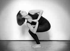 Lo sapevi che lo yoga fa dimagrire?Ecco 5 posizioni Yoga per aiutarti a eliminare il grasso più ostinato nella pancia