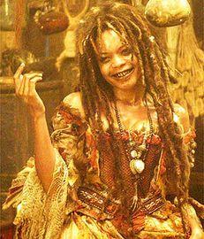 tia dalma calypso pirates of the caribbean mori witch Sea Witch Costume, Witch Doctor Costume, Voodoo Costume, Voodoo Halloween, Halloween Cosplay, Halloween Costumes, Halloween 2020, Costumes 2015, Pirate Halloween