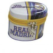 Hucha oval con candado del Real Madrid...: http://www.pequenosgigantes.es/pequenosgigantes/2522922/hucha-oval-con-candado-real-madrid.html